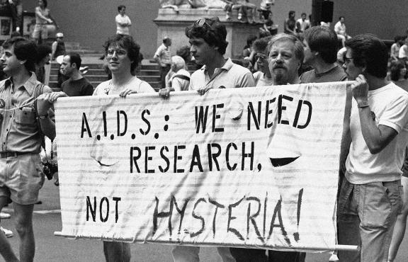 Gay Men' s Health Crisis